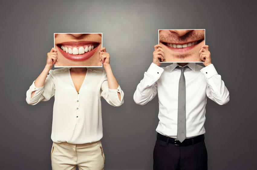 Faccette-dentali-un-sorriso-perfetto-senza-operazioni-invasive